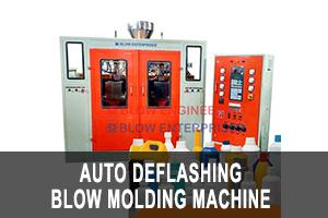 auto deflashing blow molding machine